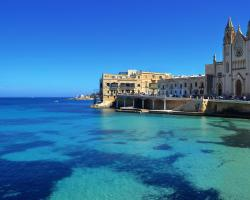 Blue Waters 3 bedroom Apartments in Sliema, just off the seafront