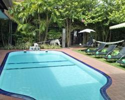 Palms Villa