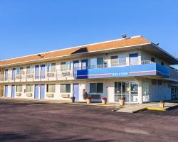 Motel 6-Mitchell, SD