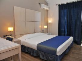 Plaza Hotel, hotel in Loutraki