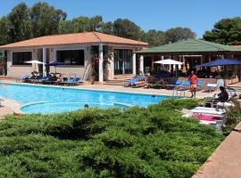 Marina Manna Hotel and Club Village, hotel in Valledoria