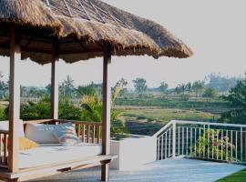 Silversand Villa, отель в городе Танах-Лот