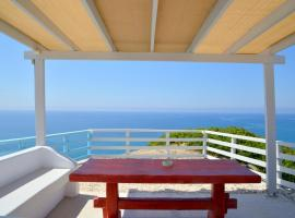 Xrissi Ammos, hotel near Psaravolada Beach, Agia Kiriaki Beach