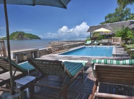 Ylang hôtel, hotel in Ambondrona