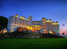 Bhairavgarh Resort, Udaipur, hotel near Maharana Pratap Airport - UDR, Udaipur