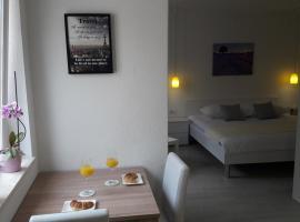 Mimi, self catering accommodation in Hvar