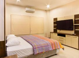 Puri Senggigi Hotel, hotel in Senggigi
