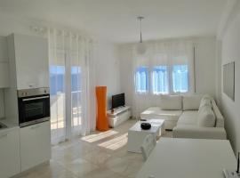 White Residence Apartament, отель в Саранде