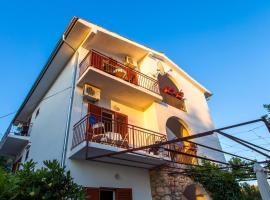 Villa Veca, apartment in Starigrad-Paklenica