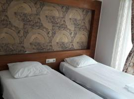 Dinara Hotel, отель в Кеме