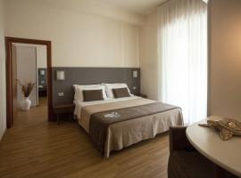 Hotel Miramare, отель в Габичче-Маре