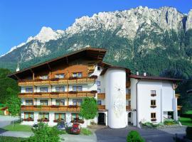 dasKAISER - Dein Gartenhotel in Tirol, hotel in Ebbs