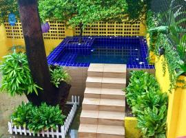 Cosmopolitan Hostel, hotel in Recife
