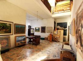 Posnya Seni Godod Art Gallery & Homestay, hotel with parking in Yogyakarta