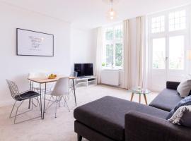 Victorian Apartment, hotel near Boscombe Beach, Bournemouth