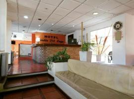 Hotel Jardin del Lago, hotel en Villa Carlos Paz