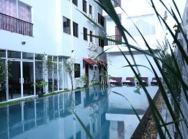 Holy Angkor Hotel, hotel near Angkor National Museum, Siem Reap