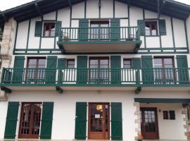 Hotel Mendionde, hôtel à Saint-Pée-sur-Nivelle