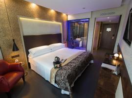 Felix Hotel, hotel in Valls