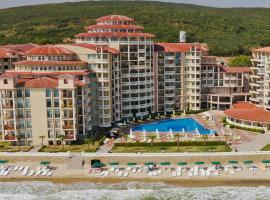 Andalucia Beach Hotel - All Inclusive, golf hotel in Elenite