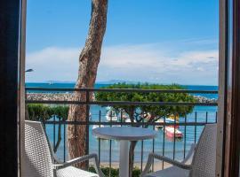 Sea Breeze Residence, villa in Massa Lubrense