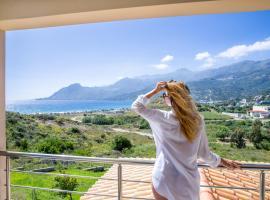 Sunflower villa, pet-friendly hotel in Plakias