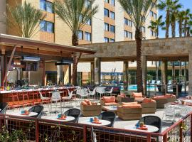 Los Angeles Marriott Burbank Airport, hotel near Hollywood Burbank Airport - BUR,