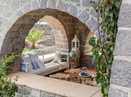 Villa Alexandra, hotel in Patmos