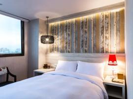 亞奇文旅 ,羅東鎮的飯店
