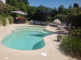 "Villa "" Des 2LL "", hotel in Grasse"