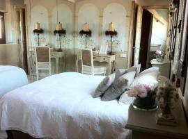 Boutique Hotel Davallada- Adults Only, B&B in Sitges