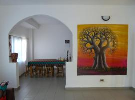 Sarawally Guesthouse, homestay in Ampaya