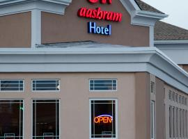 Aashram Hotel by Niagara River, hotel in zona Centro Commerciale Fashion Outlet, Niagara Falls