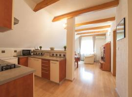 Guest House Bruna, hotel u Drežnik Gradu