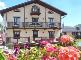 Albergo Passet, hotel a Pragelato