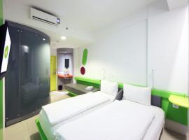 POP! Hotel Tebet Jakarta, hotel near Halim Perdanakusuma Airport - HLP, Jakarta