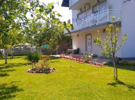Apartmani Denis, hotel near Tuzla International Airport - TZL,