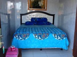 Made Homestay, hotel in Padangbai