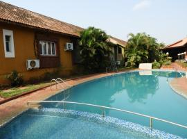 Services (Self Catering) Villas 8 and 9, hotel with pools in Anjuna