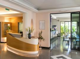 Hotel Sampaoli, отель в Беллария-Иджеа-Марина