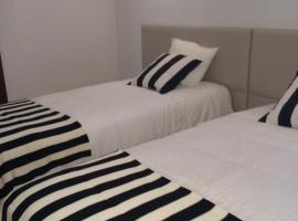 Nas Palhas Deitado, quarto em acomodação popular em Fátima