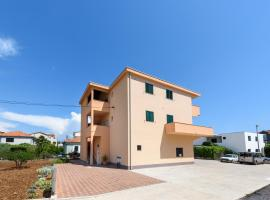 Apartments Robi, self catering accommodation in Trogir
