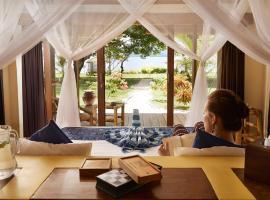 Pearl Beach Resort Gili Asahan, family hotel in Gili Asahan