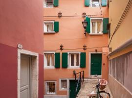 Apartments and Rooms Hey Rovinj, B&B in Rovinj