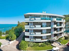 Hotel Majestic, отель в Габичче-Маре