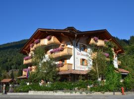 La Locanda, hotel in Pinzolo