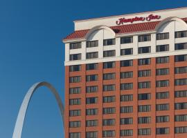Hampton Inn St Louis- at the Arch, hôtel à Saint-Louis