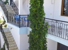 HOTEL Apartament Festim Caca, Hotel in Ksamil