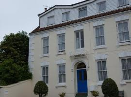 Franklyn Guesthouse, hotel near Jersey Public Library, Saint Helier Jersey