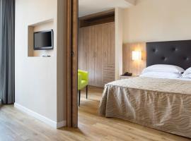 Hotel Rossini, hotel in Pesaro